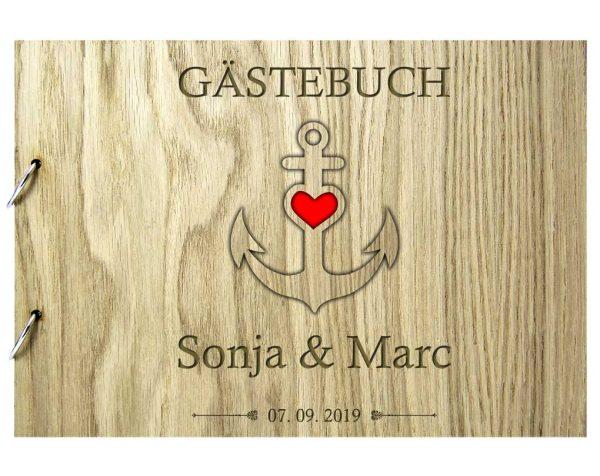 Rustikales Gästebuch aus Holz zur Hochzeit personalisiert Ankerherz