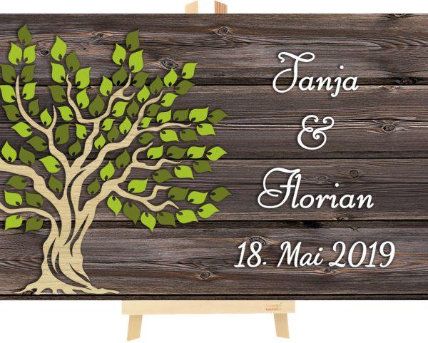 3D Baum aus Holz zur Hochzeit personalisiert mit rustikalem Hintergrund