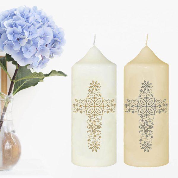 Wachskerze zum Gedenken Kreuz aus Ornamenten
