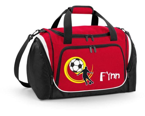Sporttasche mit Feuchtfach in Rot mit Name und Fußball Spieler
