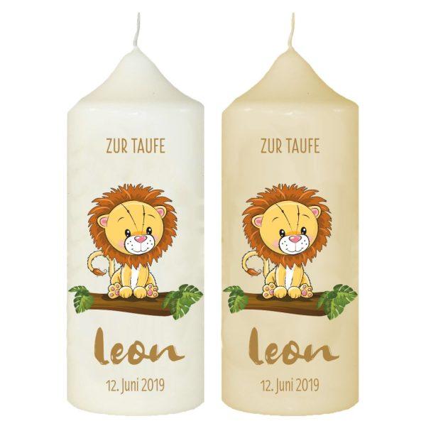 Taufkerze mit Name und Datum Löwe auf Baumstamm