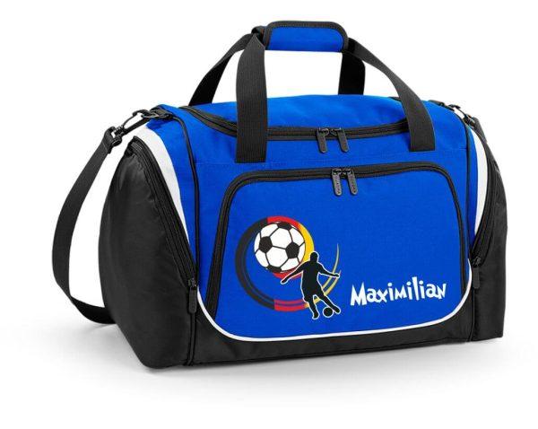 Sporttasche mit Feuchtfach in Royal Blau mit Name und Fußball Spieler Deutschland