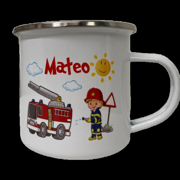 Emailletasse Kinderbecher für den Kindergarten mit Feuerwehr und Namen