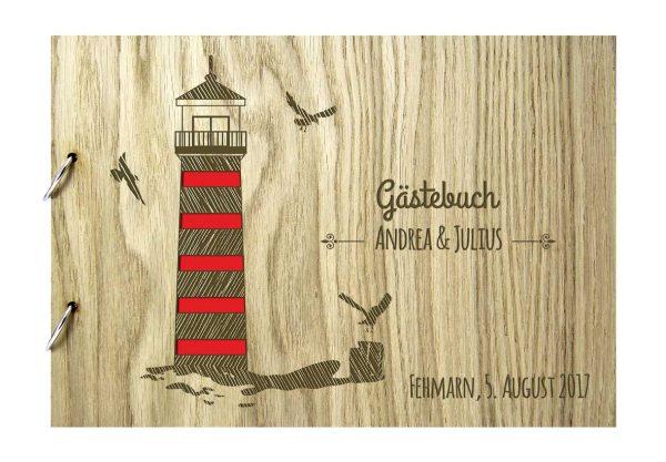 Rustikales Gästebuch aus Holz zur Hochzeit personalisiert Maritim Leuchtturm farbig
